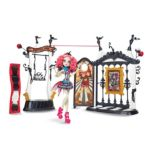 Monster High® Freak Du Chic Playset with Rochelle