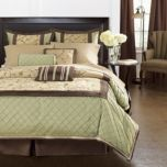 WholeHome®/MD 'Alexandria' 7-Piece Comforter Set